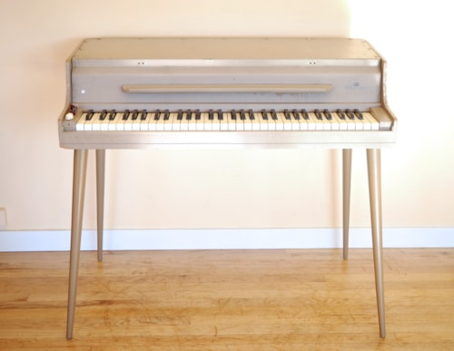 ~1965 Wurlitzer 146 Vintage Electric Piano, Rebuilt Amp, Fully Serviced 140B