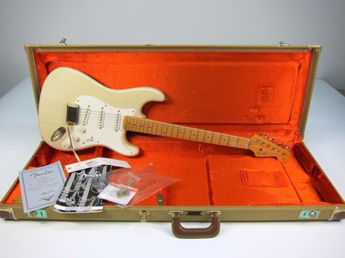 2006 Fender Custom Shop Mary Kaye Relic
