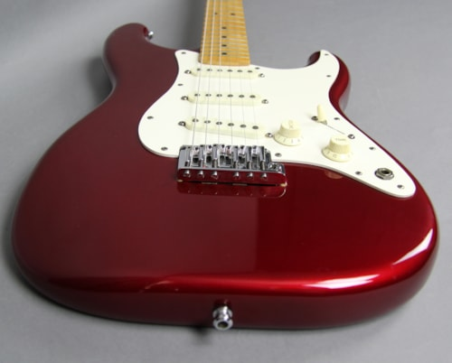 1983 Fender Stratocaster Electric Guitar Smith Era Candy Apple Red USA w