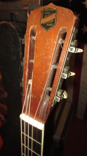 1930 National Style 1 Tricone Round Neck Resonator Guitar