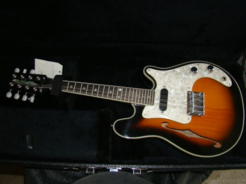 1995 Fender FM61-SE Electric (N.O.S.)
