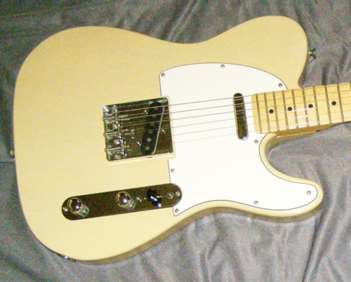 2006 Fender® Telecaster® HIGHWAY ONE - maple neck