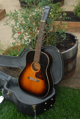 ~1936 Gibson Roy Smeck Stage Deluxe
