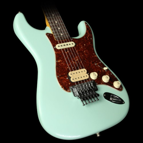 Fender® Custom Shop Exclusive ZF Stratocaster® Closet Classic Electric Guitar Faded Surf Green
