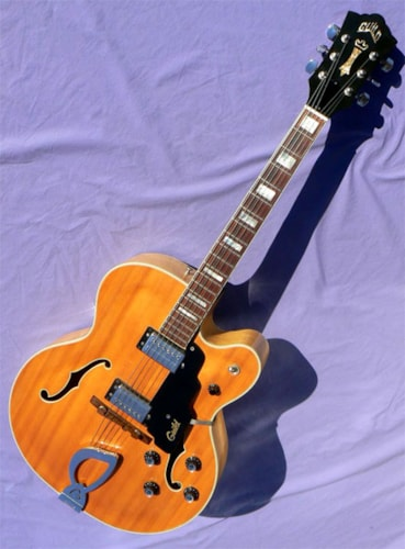 1975 Guild® X-175 MANHATTAN