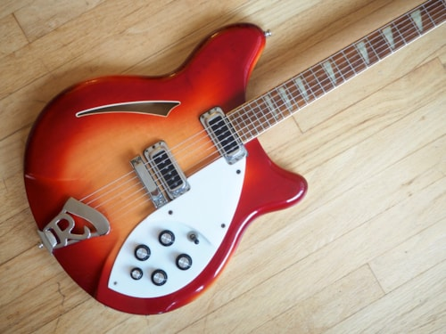 1990 Rickenbacker 360 Electric Guitar Fireglo Finish, Clean and 100% Stock