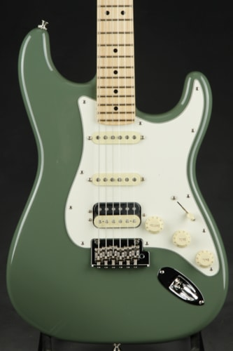 Fender American Pro Stratocaster HSS Shawbucker - Antique Olive