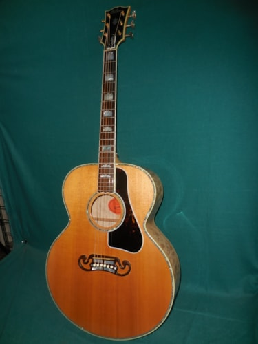 2014 Gibson j200 custom pearl bound quilt