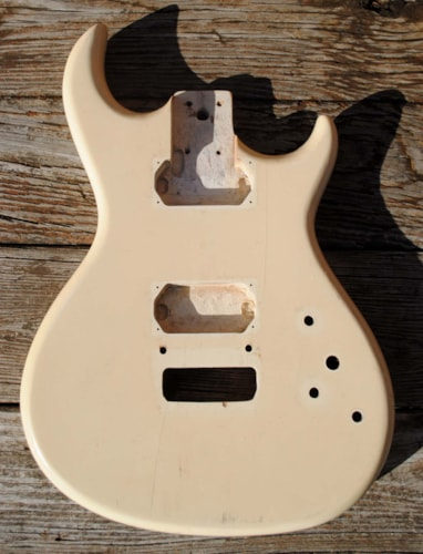 unknown guitar body