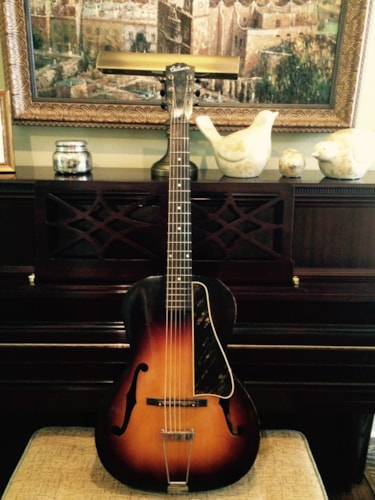 1947 Gibson L-47