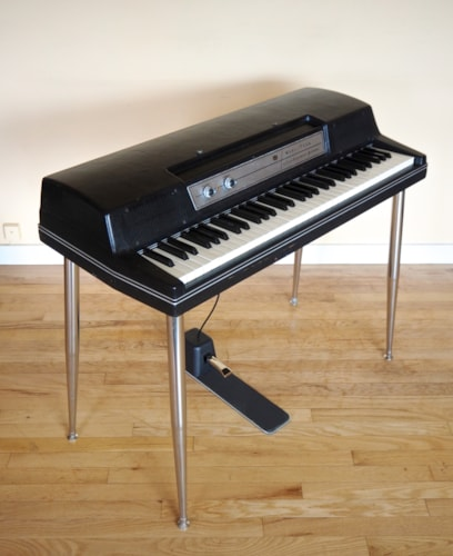 1978 Wurlitzer 200A Vintage Electric Piano Black Original w/ Legs & Pedal