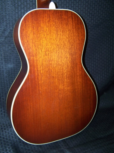 2008 National El Trovador (round neck)