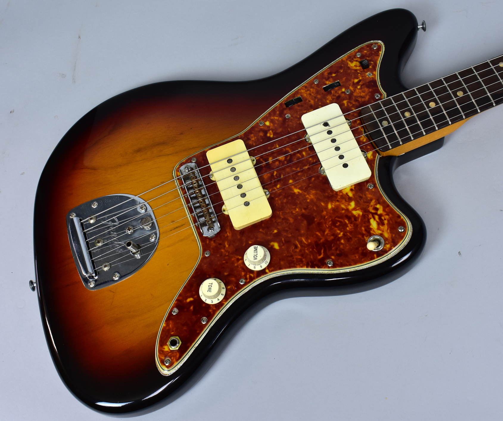 1960 fender vintage jazzmaster sunburst electric guitar usa w ohsc sunburst guitars electric. Black Bedroom Furniture Sets. Home Design Ideas