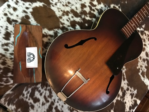 1946 Gibson L-50