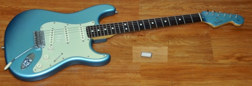 2005 Fender® Deluxe Vintage Player 62 Stratocaster®