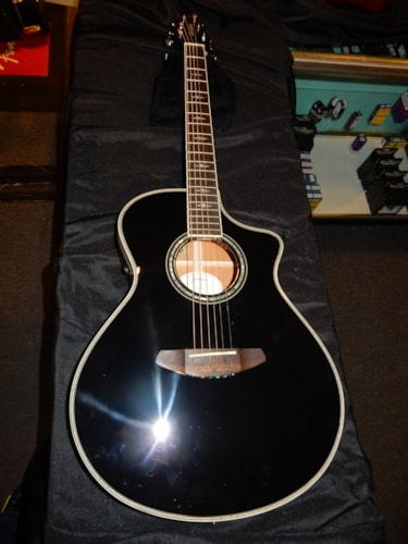 2015 Breedlove Black Magic Concert Acoustic Electric Guitar
