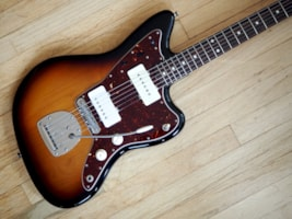 2013 Fender® Jazzmaster™ Classic Player Special, Mastery M1, Vib