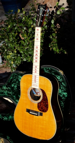 2000 Martin Grand Ole Opry Limited Edition