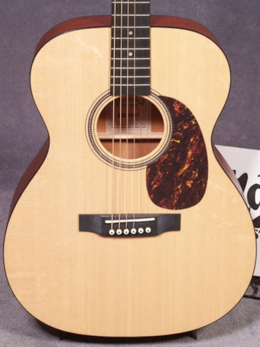 2018 Martin 000-16GT GLOSS TOP GUITAR & CASE