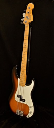 2011 Fender® Select Series Precision Bass®