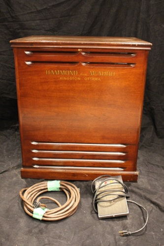 ~1970 Leslie Speaker Model 145 + Combo Preamp Pedal