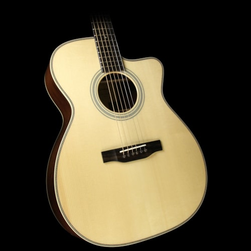 EASTMAN E20OMCE Orchestra Acoustic/Electric Guitar Natural