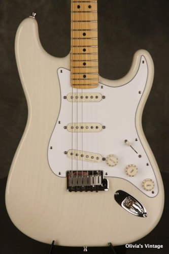 2000 Fender® 21st Century American Standard Stratocaster® #3 out of