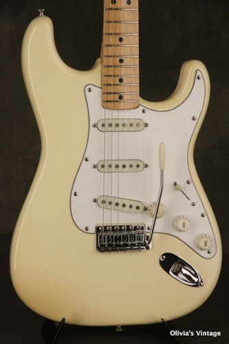 1974 Fender® Stratocaster® staggered pickups 8 lbs 3.4 oz HANG TAG