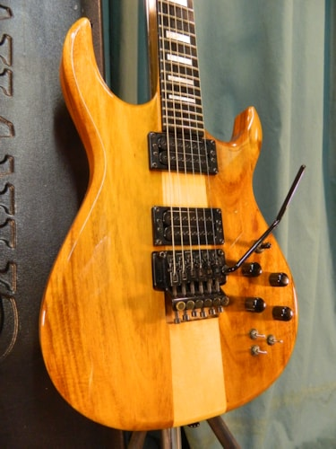 ~1993 Carvin DC-200