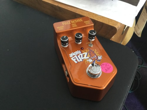 Visual Sound V2 Series Angry Fuzz Octave Pedal
