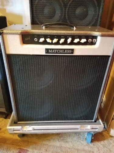 ~1997 Matchless Chief 100 4x10 Amp w/ Road Case