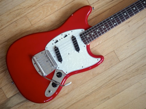 1965 Fender® Mustang® Vintage Offset Electric Guitar