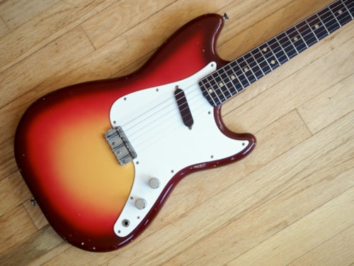 1961 Fender® Musicmaster™ Pre-CBS Short Scale Offset Guitar