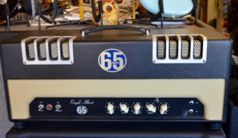 2006 65 Amps Royal Albert (Black Crowes)