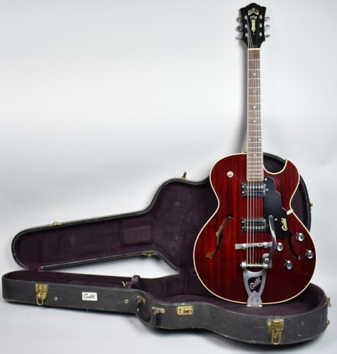 1972 Guild® Starfire™ III Vintage Archtop Hollow Electric Guitar Cherry R