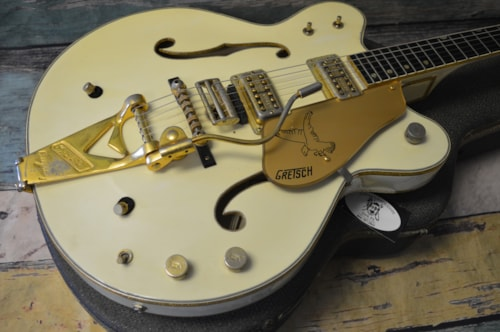 Gretsch® White Falcon