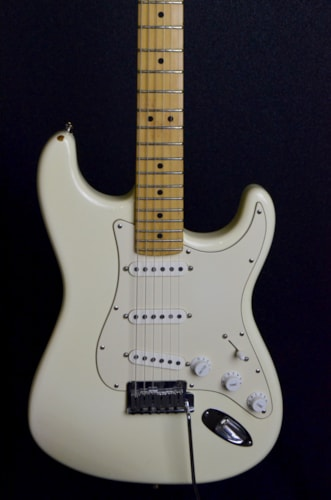 2002 Fender® American Series Stratocaster®