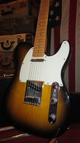 2004 Fender® American Deluxe Ash Telecaster®