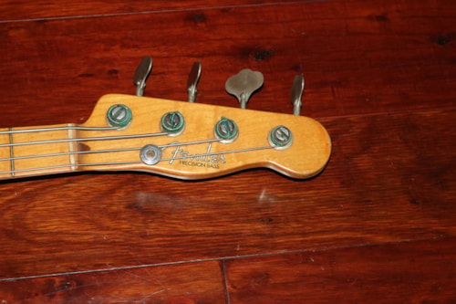1952 Fender Precision Bass®