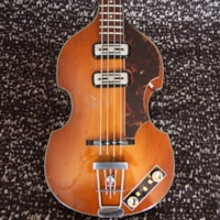 1960 HOFNER 500/1 Violin Bass