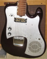 1965 Silvertone Built in Amp