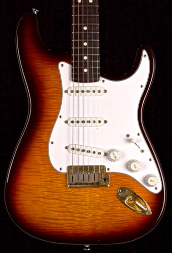 1996 Fender® 50th Anniversary Quilted Stratocaster®