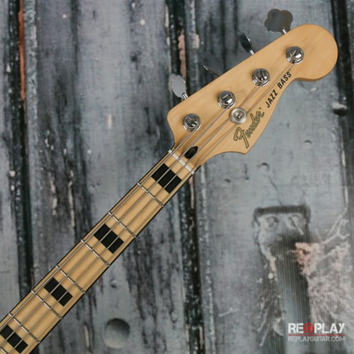 Fender® Deluxe Active Jazz Bass®