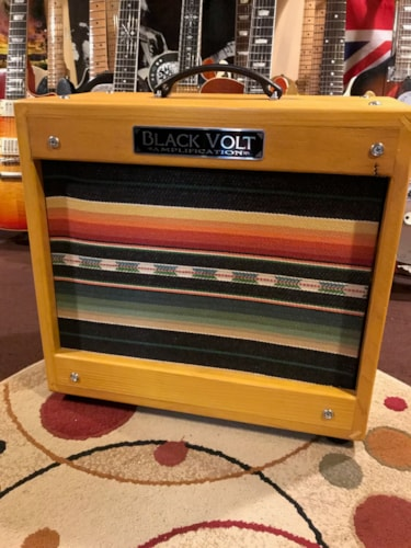 Black Volt Amplification Crazy Horse