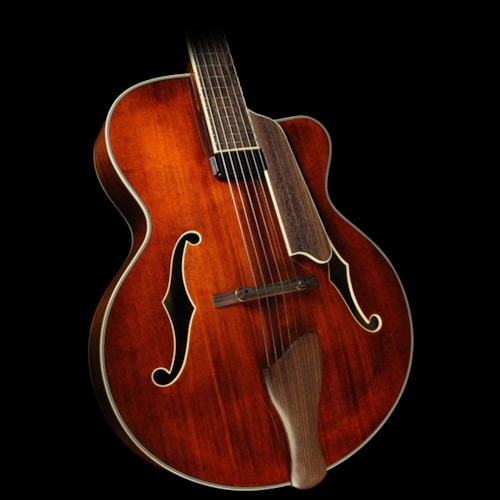 EASTMAN AR605CE Archtop Electric Guitar Antique Varnish
