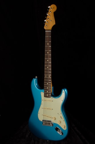 2017 Fender® Classic Series 60s Stratocaster®