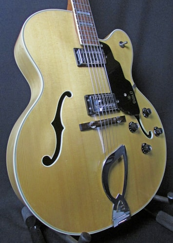 1971 Guild® X-175 MANHATTAN