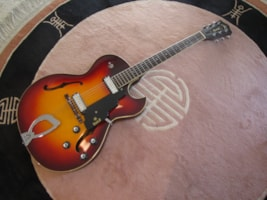 "1970 Guild® ""SLIM JIM"" T-100 D"