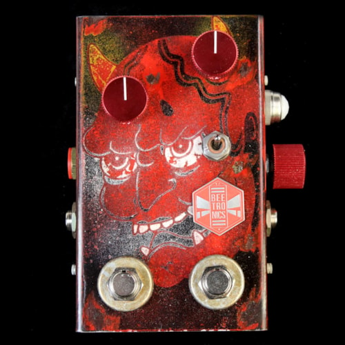Beetronics WhoctaHell Low Octave Fuzz Custom Series Psycho Skull Effects Pedal