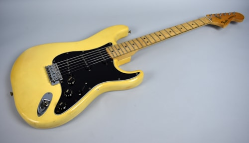 1979 fender stratocaster olympic white guitars electric solid body imperial vintage guitars. Black Bedroom Furniture Sets. Home Design Ideas